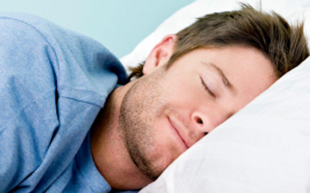 Meditasjon gir bedre søvn! Dyp søvn «VASKER» hjernen din for urenheter …
