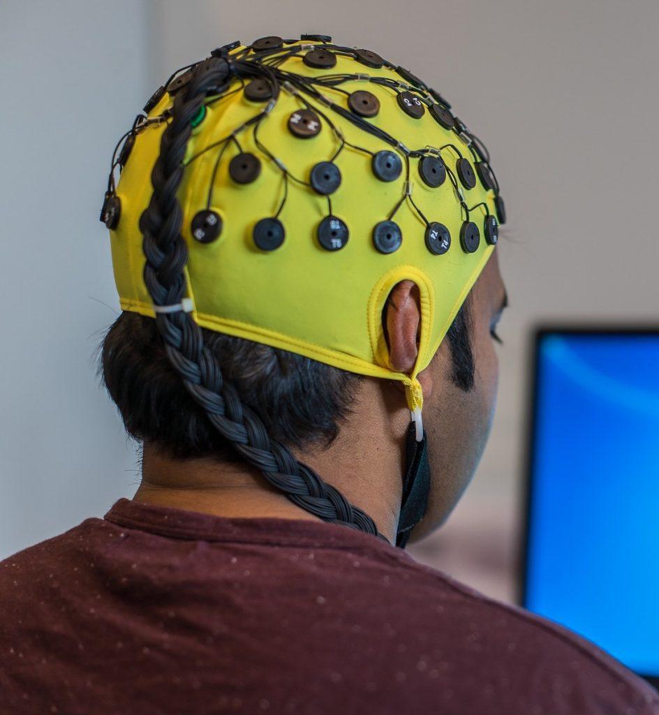 EEG måles i hjernen