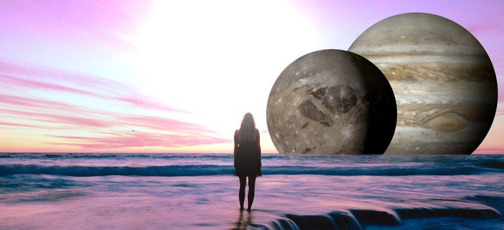 Planeten Jupiter står nær månen!