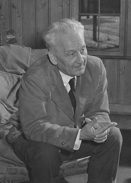 Albert Szent-Györgui fikk Nobelprisen i medisin og fysiologi i 1937 for sine oppdagelser rundt C-vitaminet